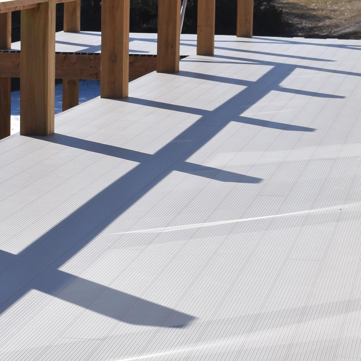 aluminum deck